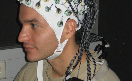 The electroencephalogram (EEG) is widely used by physicians and scientists to study brain function and to diagnose neurological disorders. Photo: Kevin Whittingstall/Max Planck Institute for Biolological Cybernetics